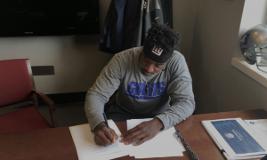 New York Giants Sign Kevin Snead known as The Fastest Man In College