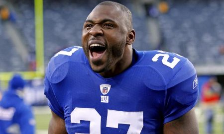 Brandon Jacobs Autograph Signing