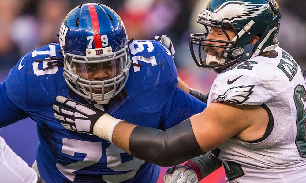 DT Montori Hughes re-signs with New York Giants