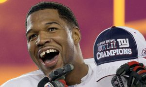 Michael Strahan To Have His Number Retired